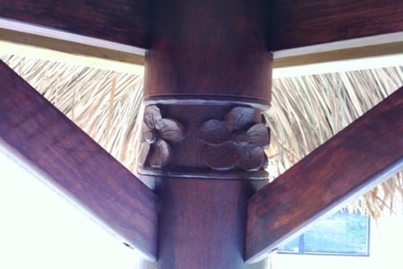 bali-hut-coconut-pole-post-carving