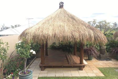 bali huts installation company