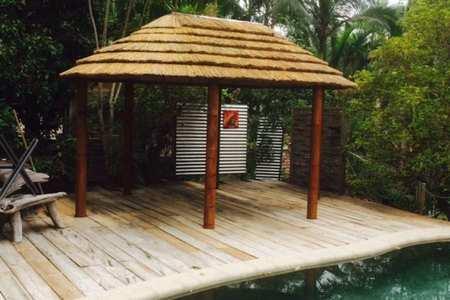 african-hut-builder
