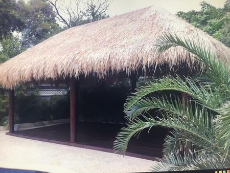 bali hut builder